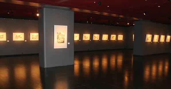 从南象北相展览中看看装裱字画如何看起来更高雅